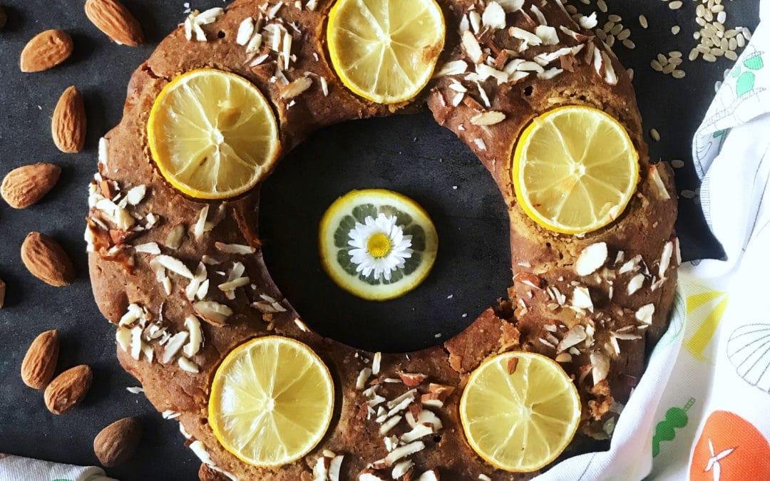 Ciambella al profumo di mandorle, limone e zenzero